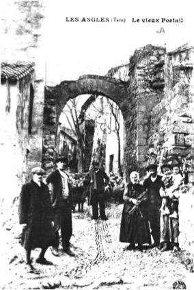 2le vieux portail ou la porte de la breche en 1901